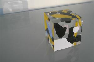 cube bleu noir jaune1